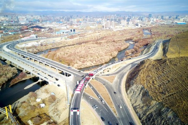 Mongolia's first Chinese-built 3-level interchange opens